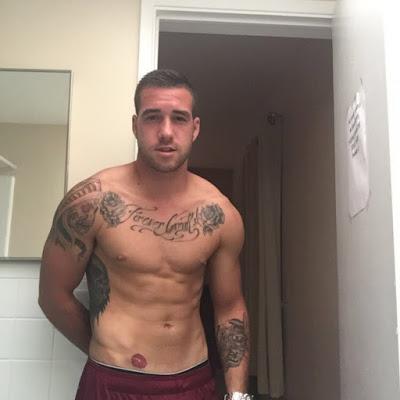 macho tatuado pauzudo
